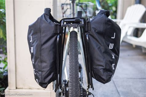 best panniers a complete list of the best panniers for bicycle touring