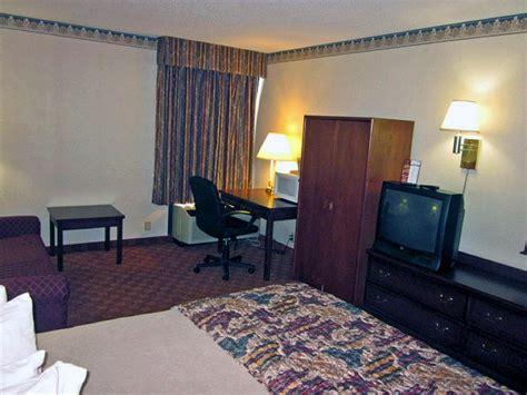 motel 6 room motel 6 columbus polaris 2017 room prices deals reviews expedia