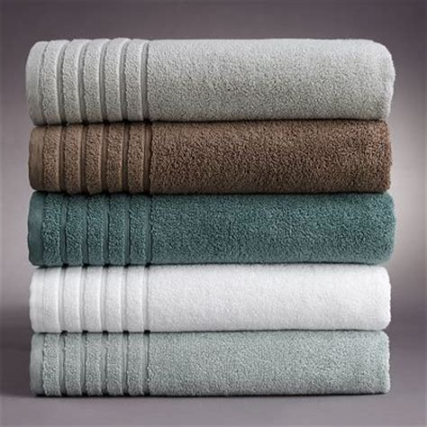 Bathroom Towel Colors by 25 Best Ideas About Bathroom Colors Brown On