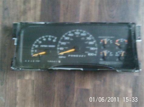 95 chevy truck speedometer purchase 95 96 97 chevrolet chevy gmc truck suburban tahoe cluster speedometer 168k oem