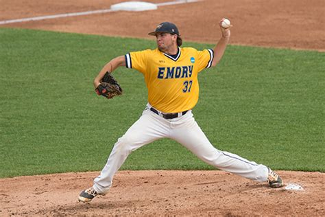 Mba Baseball Website by Sports Teams Set Sights On National Titles Emory