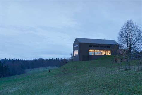 arhitektura d o o reinterprets vernacular farmhouse with