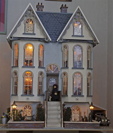victorian dolls house collector doll houses on pinterest victorian dollhouse dollhouses