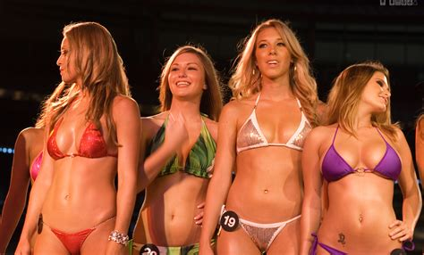 women over forty contest 2015 file hooters bikini contest jpg wikimedia commons