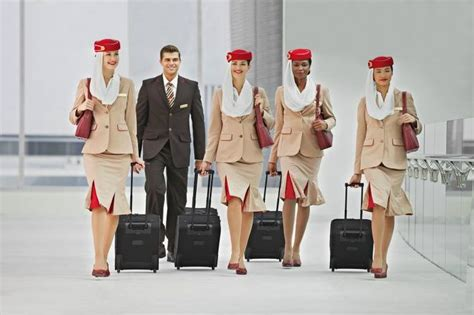 emirates cabin crew work