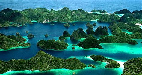 Wallpaper Alam Papua   wallpaper keindahan alam di raja ampat indonesia beserta