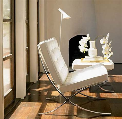10 Iconic Barcelona Chairs Defining Different Interior Styles Barcelona Chair Living Room