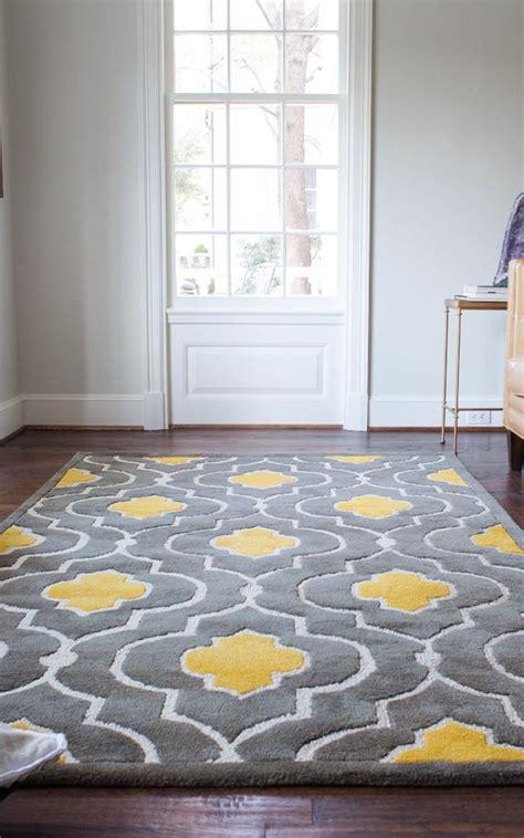 Yellow Bedroom Rug Best 25 Gray Yellow Bedrooms Ideas On Yellow