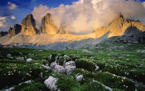 dolomite mountains italy picture dolomite mountains italy dolomites italy wallpaper