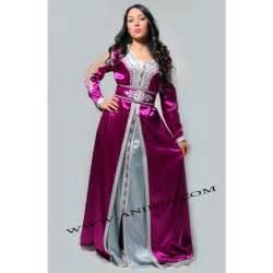 robe marocain fushia en satin de soie