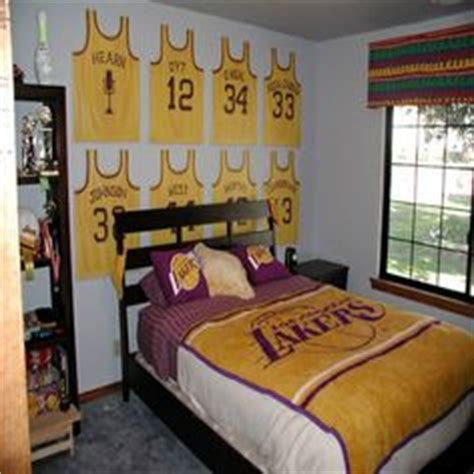 lakers bedroom another idea for a laker fans room my love sports