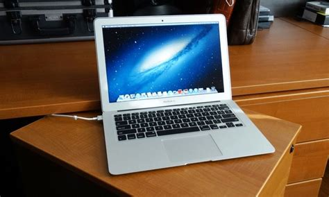 Macbook Air 133 2013 top best student laptops in 2014 you need to check out