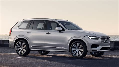 Volvo Xc90 2020 by 2020 Volvo Xc90 Gets A Refresh Motortrend