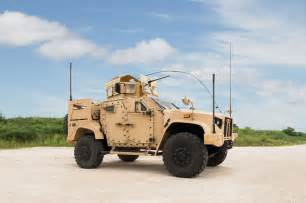 vehicle l oshkosh wins u s army contract for joint light tactical