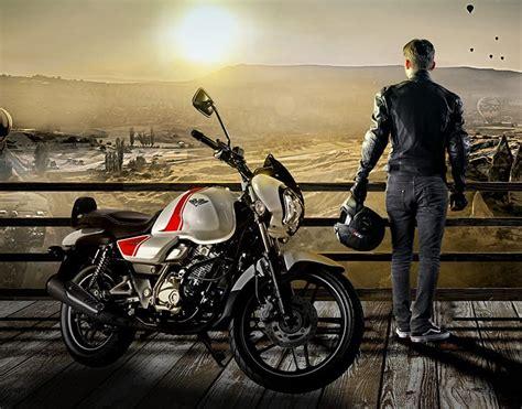 bajaj  retro motosiklet uecerler motorda