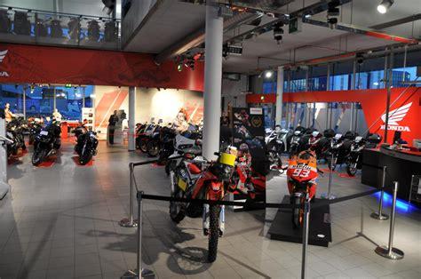 Motorrad Honda Ratingen by Honda Factory World In Der 2rad B 246 Rse S 252 D