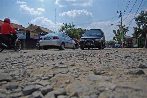 pembangunan tol di pekalongan rusak jalan arteri