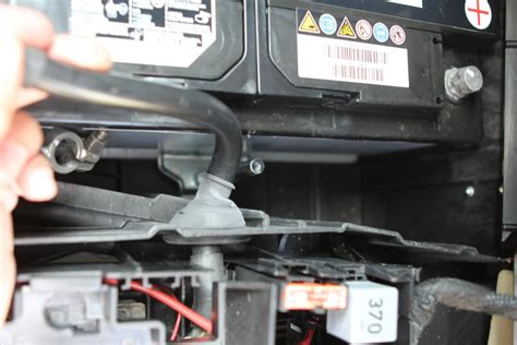 Audi Q7 Batterie by Removing The Battery On A Q7 Audiforums