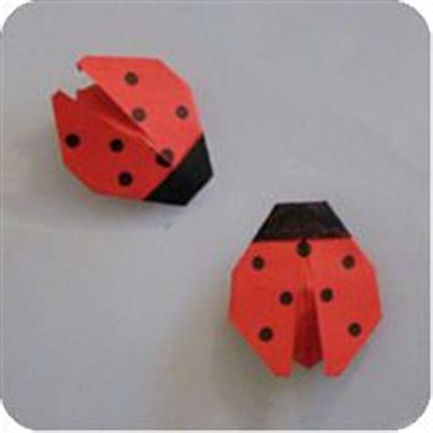How To Make A Paper Ladybug - 1000 ideas about origami on origami animals