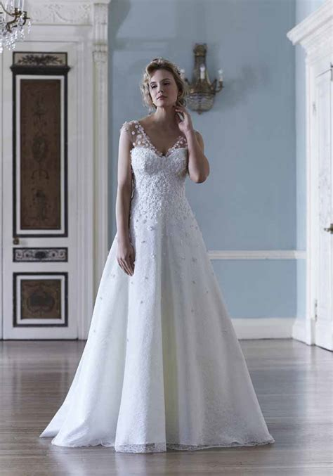 a dress for a wedding 10 spring summer wedding dresses for 2016