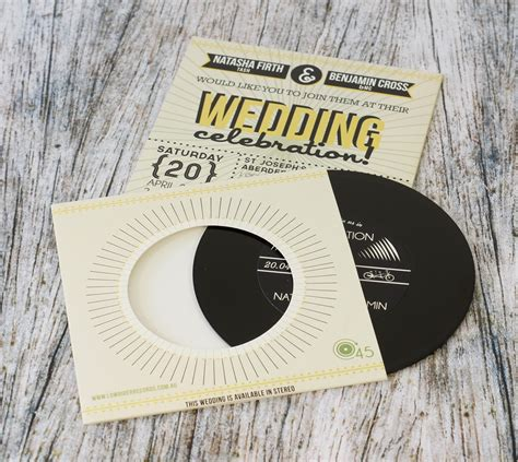 Hochzeitseinladung Cd by Wedding Invitation Cds And Wedding Favour Cds