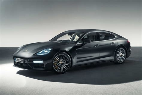 porsche new new 2017 porsche panamera revealed carbuyer