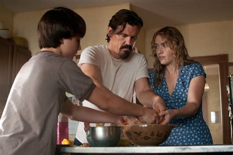 mother seduces son in bathtub what labor day author had josh brolin do with his hands