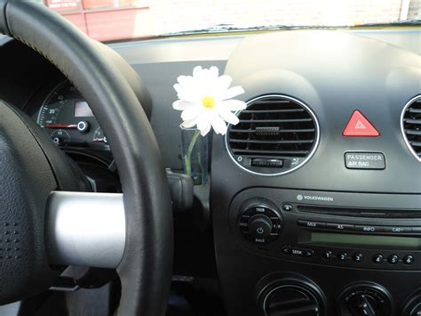Vw Beetle Vase by Volkswagen Beetle Interior Flower Image 107