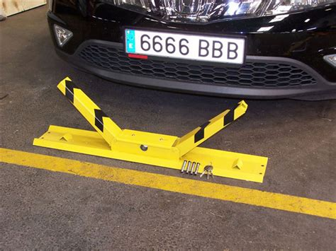 car barrier parking barriers or car park barriers