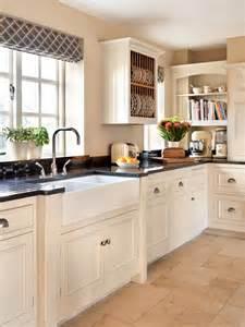 Cottage Style Kitchen by Cottage Style Kitchen Interior Heaven