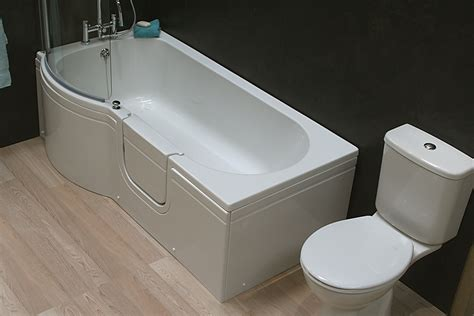 diamond bathtubs diamond walk in bath left and right access for easy and