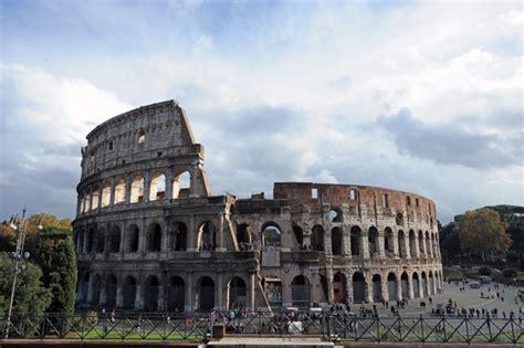 era romana il colosseo come gli stadi moderni numeri per i
