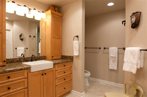 How Much To Renovate Bathroom by What Does It Cost To Remodel A Bathroom Bathroom Bathroom