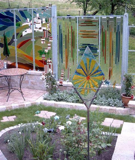 garten im glas glas im garten gartenstele aus glas der glasgarten am