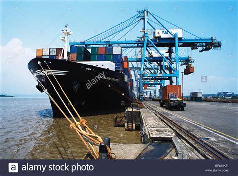 nhava sheva port rva 62573 cranes loading containers in ship at nhava