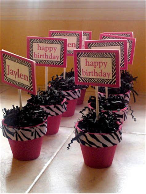 Bellygusher Jaylen S Zebra Party Zebra Centerpiece Ideas