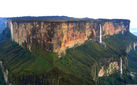 roraima mountain full hd wallpaper   2560 x 1600