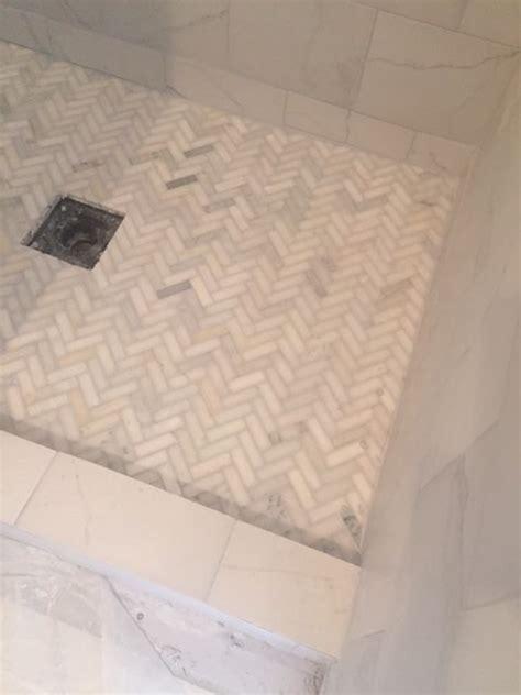 bathroom shower floor tile ideas 25 best ideas about shower floor on master