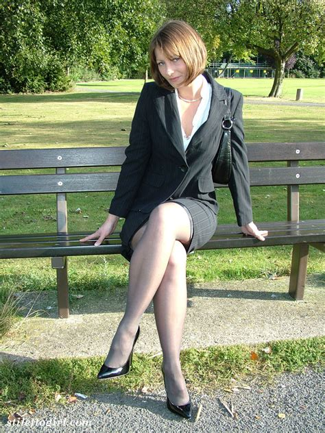 bbw backyard cute brunette outdoors wearing nylons and darksome high