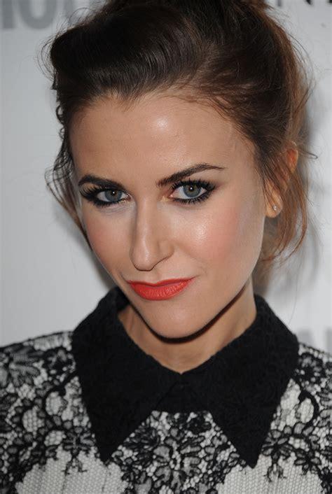 mr selfridge hairstyles katherine kelly bright lipstick makeup lookbook