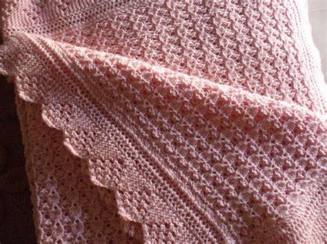 copertina ai ferri copertine a maglia per neonati copertina rosa lavoro a