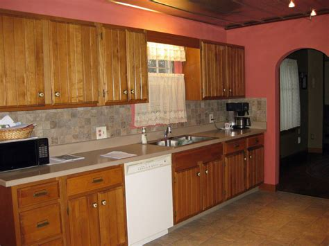 red oak cabinets kitchen kitchen wall colors with red oak cabinets the clayton