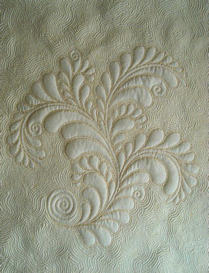 quilting tutorial with diane gaudynski 1000 images about wholecloth quilting trapunto on