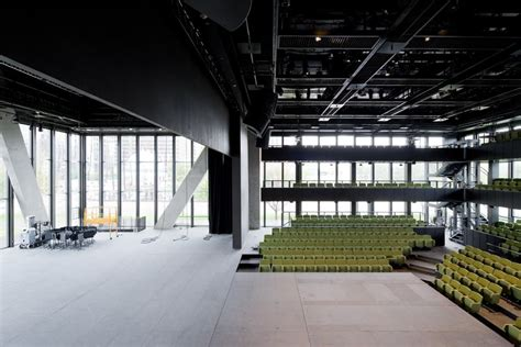 dee  charles wyly theatre att performing arts center