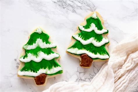 homemade sugar cookies christmas tree with homemade icing