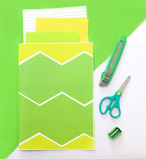 How To Make A Paper Pocket Folder - 3 ways to make paper folders printables the craftables