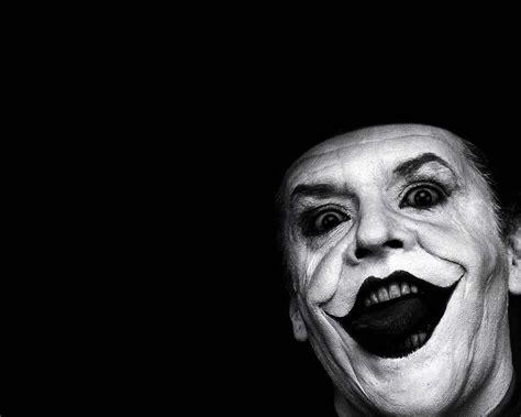 batman wallpaper portrait the joker face portrait wallpaper 1280 215 1024 batman