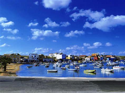 vista porto vecchio ledusa vista sul porto vecchio artribune