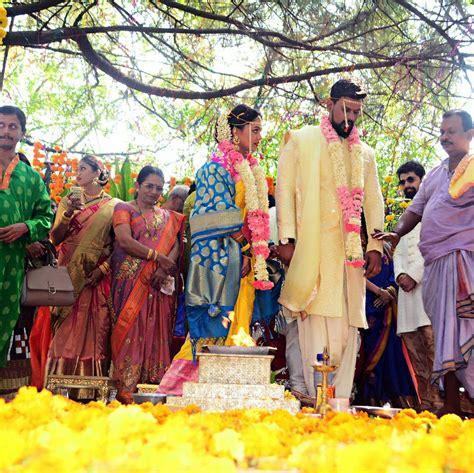 Marriage Wedding Photos by Prarthana Behere Marriage Wedding Photos Abhishek