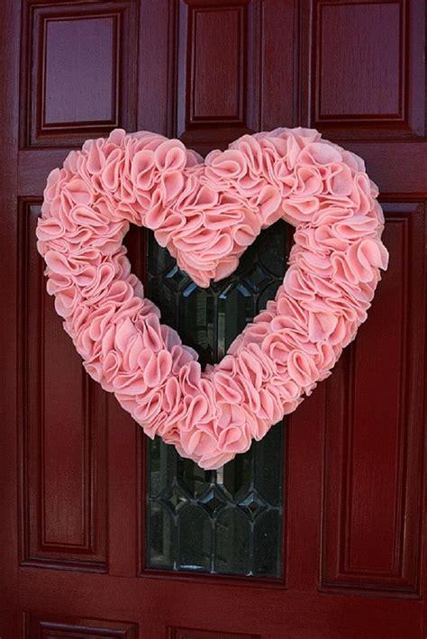 diy valentines wreath best diy valentine s day wreaths wreath ideas